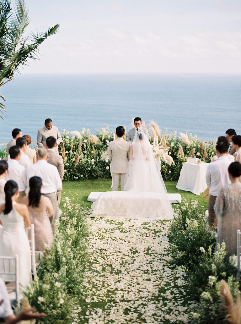 Wedding ceremony with ocean view, Bali, Khayangan Estate