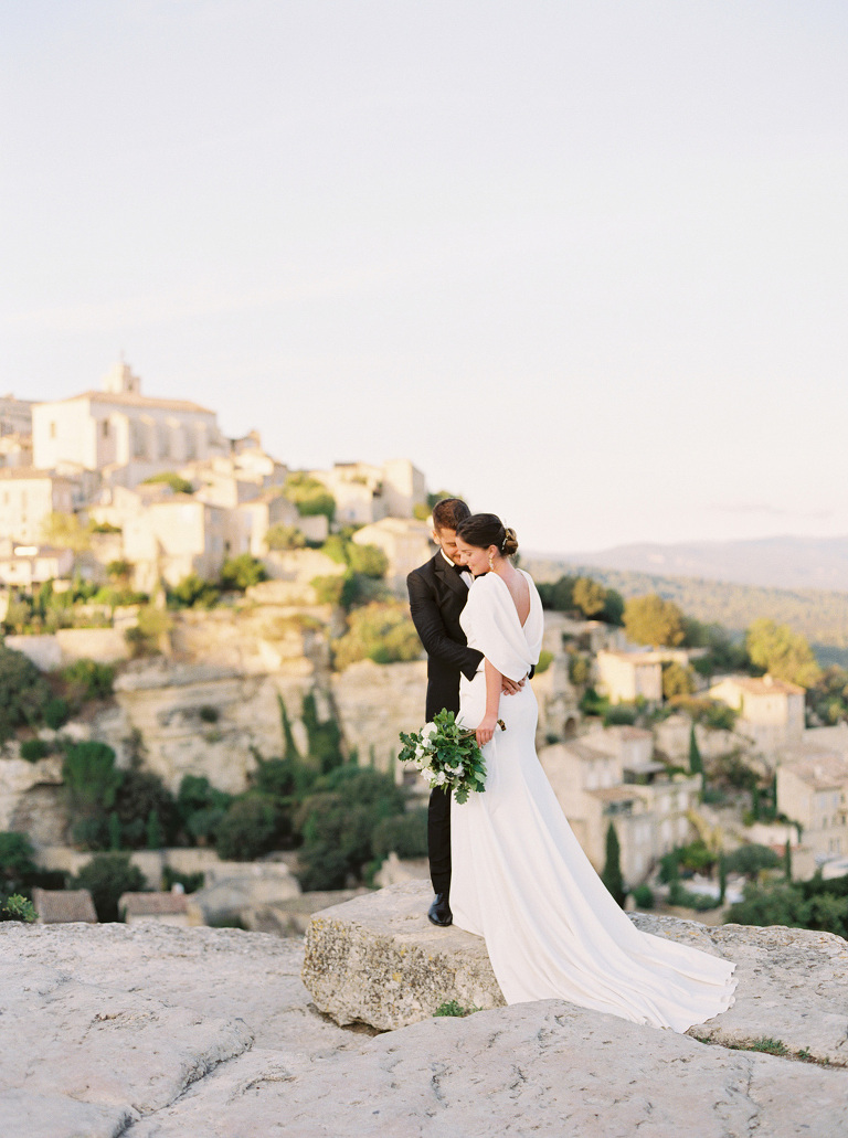 Elegant wedding in Gordes, Provence, France